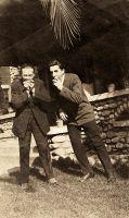 1920_03_04_Los_Angeles_Vicent_Ballester_Retrat_amb_gent_4